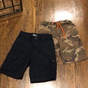 2 Ralph Lauren shorts